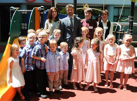 ATR twins meet the Danish royal couple in Sydney.